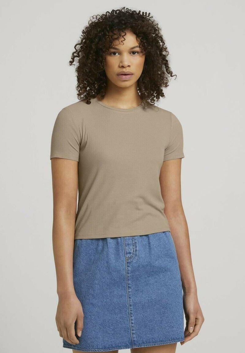 TOM TAILOR DENIM - TEE - Print T-shirt - dune beige