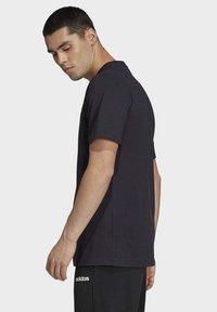 adidas Performance - ESSENTIALS PLAIN T-SHIRT - T-shirt - bas - black - 3