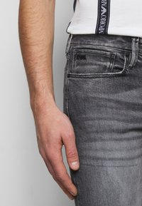 Emporio Armani - Jean slim - grey denim - 4