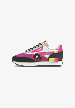 Trainers - glowing pink-puma black