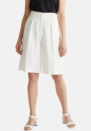 MIT WEITEM BEIN - Shorts - white