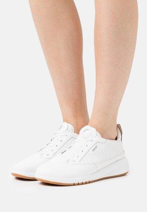 AERANTIS - Trainers - white