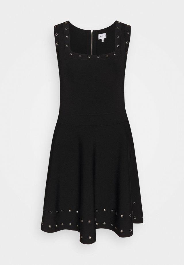 GROMMET TIERED DRESS - Hverdagskjoler - black