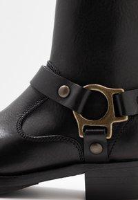 Belstaff - HARD RIDER BOOT PEBBLED  - Cowboy/biker ankle boot - black - 2