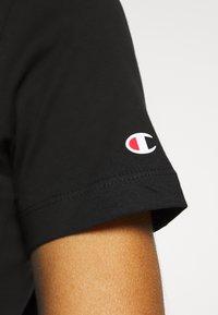 Champion - CREWNECK - T-shirts med print - black - 4