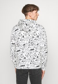 Levi's® - T3 RELAXD GRAPHIC HOODIE UNISEX - Luvtröja - white - 2