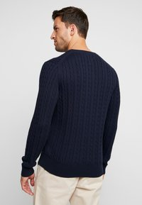 Tommy Hilfiger - CLASSIC CABLE CREW NECK - Neule - blue - 2
