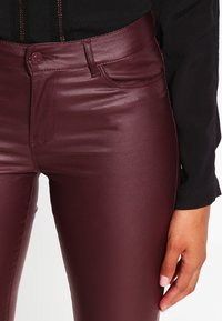 Vero Moda - VMSEVEN - Jeans Skinny Fit - decadent chocolate - 3
