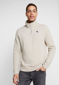 Abercrombie & Fitch - HOLIDAY CORE ICON MOCK - Sudadera - tan - 0
