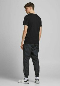 Jack & Jones - Print T-shirt - black - 2