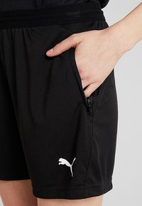 Puma - LIGA TRAINING SHORTS  - Sports shorts - black/white - 4