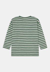 Lindex - MINI TOP ESSENTIAL UNISEX - Long sleeved top - green - 1