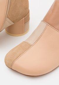 MM6 Maison Margiela - STIVALETTO - Classic ankle boots - multicolor/nude - 6