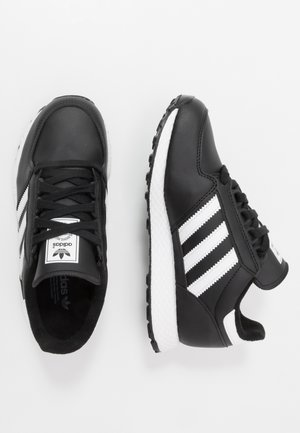 FOREST GROVE - Sneakers - core black