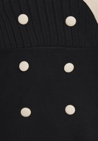 Molly Bracken - YOUNG LADIES DRESS - Pletené šaty - black - 2