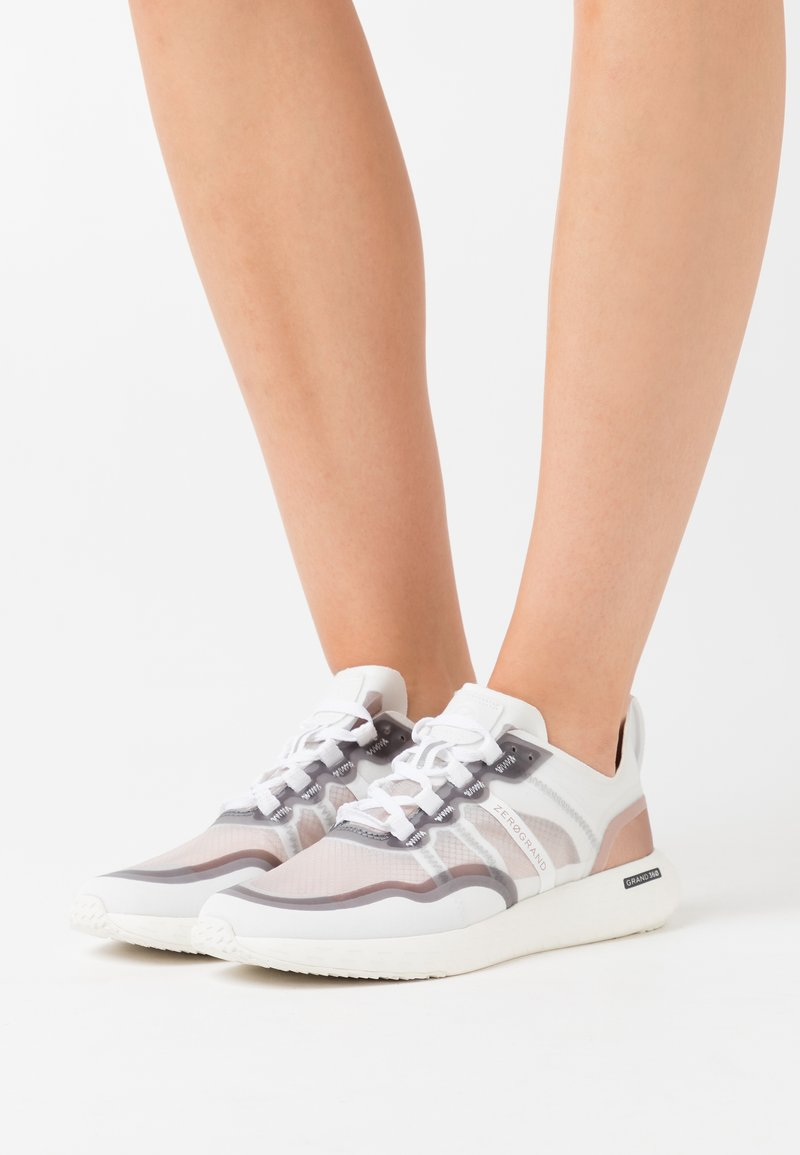 Cole Haan - ZEROGRAND OUTPACE RUNNER - Trainers - optic white/nimbus cloud/rose gold metallic