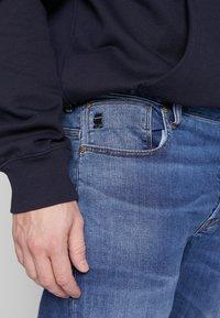 G-Star - ARC 3D SLIM - Jeans slim fit - accel stretch - dk aged - 3