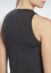 Reebok - MODERN SAFARI BIG LOGO TANK TOP - Top - black - 4