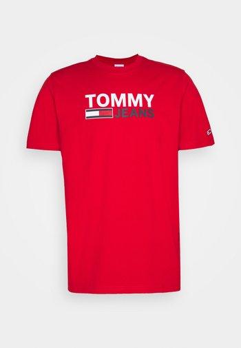 CORP LOGO TEE - T-shirt med print - deep crimson