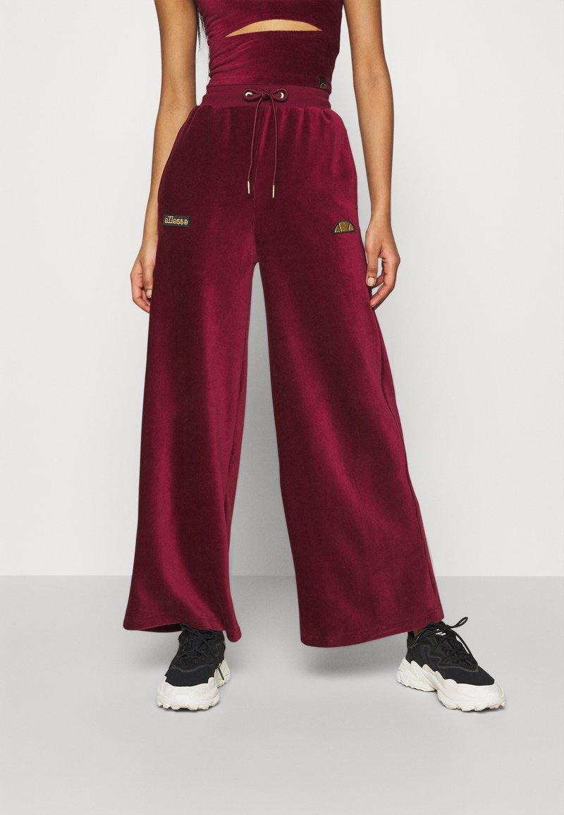 Ellesse - VALERIE - Trousers - burgundy