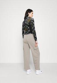 BDG Urban Outfitters - FUNNEL - Top sdlouhým rukávem - multi coloured - 2
