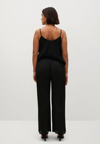 Violeta by Mango - KENNER - Trousers - schwarz - 2