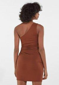 Bershka - Jerseykleid - brown - 2