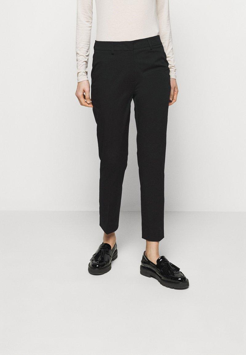 WEEKEND MaxMara - FARAONE - Kalhoty - schwarz