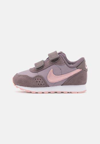 MD VALIANT UNISEX - Sneakers basse - light violet ore/pink glaze/violet ore