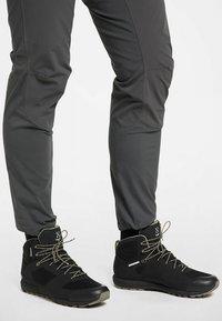 Haglöfs - L.I.M MID PROOF ECO  - Hiking shoes - true black - 0