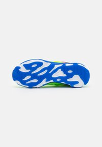 Nike Sportswear - REACT LIVE PRM - Tenisky - barely volt/hyper royal/electric green/hyper pink/white/black - 4