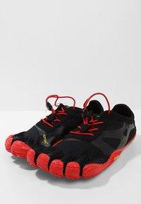 Vibram Fivefingers - KSO EVO - Obuwie do biegania neutralne - black/red - 2