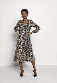 Wallis - NEUTRAL ANIMAL TIE NECK MIDI DRESS - Day dress - stone - 0