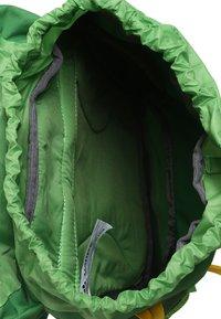 Vaude - AYLA 6 - Batoh - parrot green - 3