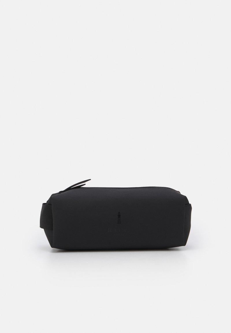 Rains - PENCIL CASE - Kosmetická taška - black