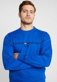 Tommy Hilfiger - LOGO  - Sweatshirt - blue - 4