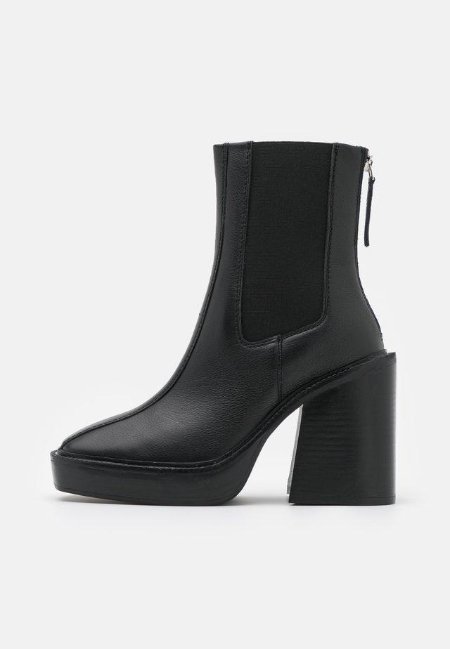 HONG KONG CASUAL PLATFORM - Kotníkové boty na platformě - black
