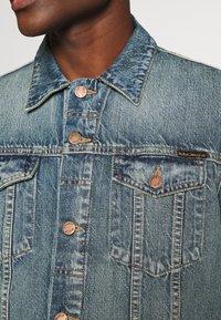 Nudie Jeans - JERRY - Spijkerjas - light blue denim - 5