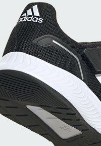 adidas Performance - RUN  2.0 CLASSIC RUNNING - Neutral running shoes - black - 8