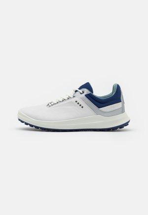 M.CORE - Golf shoes - white/silver metallic/blue depths