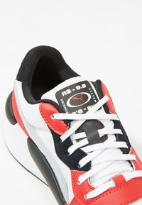 Puma - RS 9.8 SPACE - Zapatillas - white/high risk red - 5