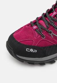 CMP - RIGEL LOW TREKKING SHOES WP - Scarpa da hiking - sangria/grey - 5