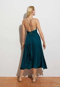 OYSHO - SATIN - Day dress - evergreen - 3