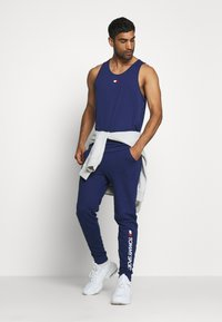 Tommy Sport - TRAINING TANK LOGO - Sportshirt - blue - 1