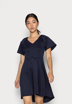 CLOSET V NECK GATHERED DRESS - Žerzejové šaty - navy