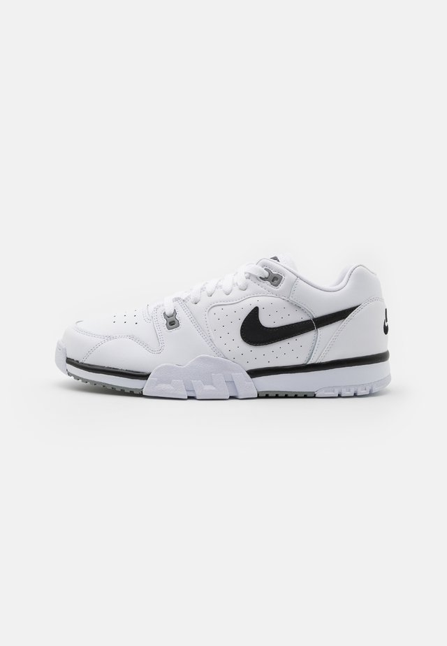 CROSS TRAINER - Sneakersy niskie - white/black/particle grey