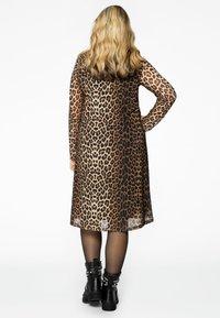 Yoek - Day dress - brown - 2