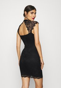 Guess - YOKI DRESS - Sukienka koktajlowa - jet black - 2