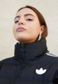 adidas Originals - SHORT PUFFER - Veste d'hiver - black - 2