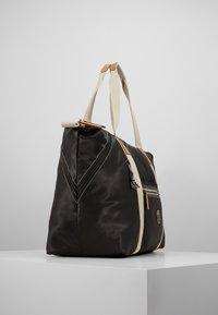 Kipling - ART M - Weekend bag - delicate black - 3